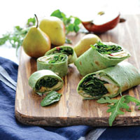 ARUGULA, APPLE, AND HUMMUS WRAP